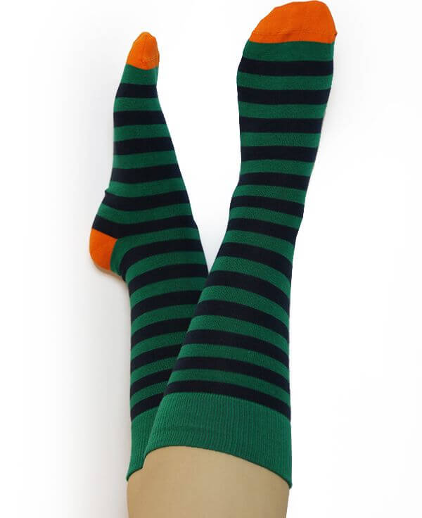 Gestreifte Socken grün/dunkelblau/orange