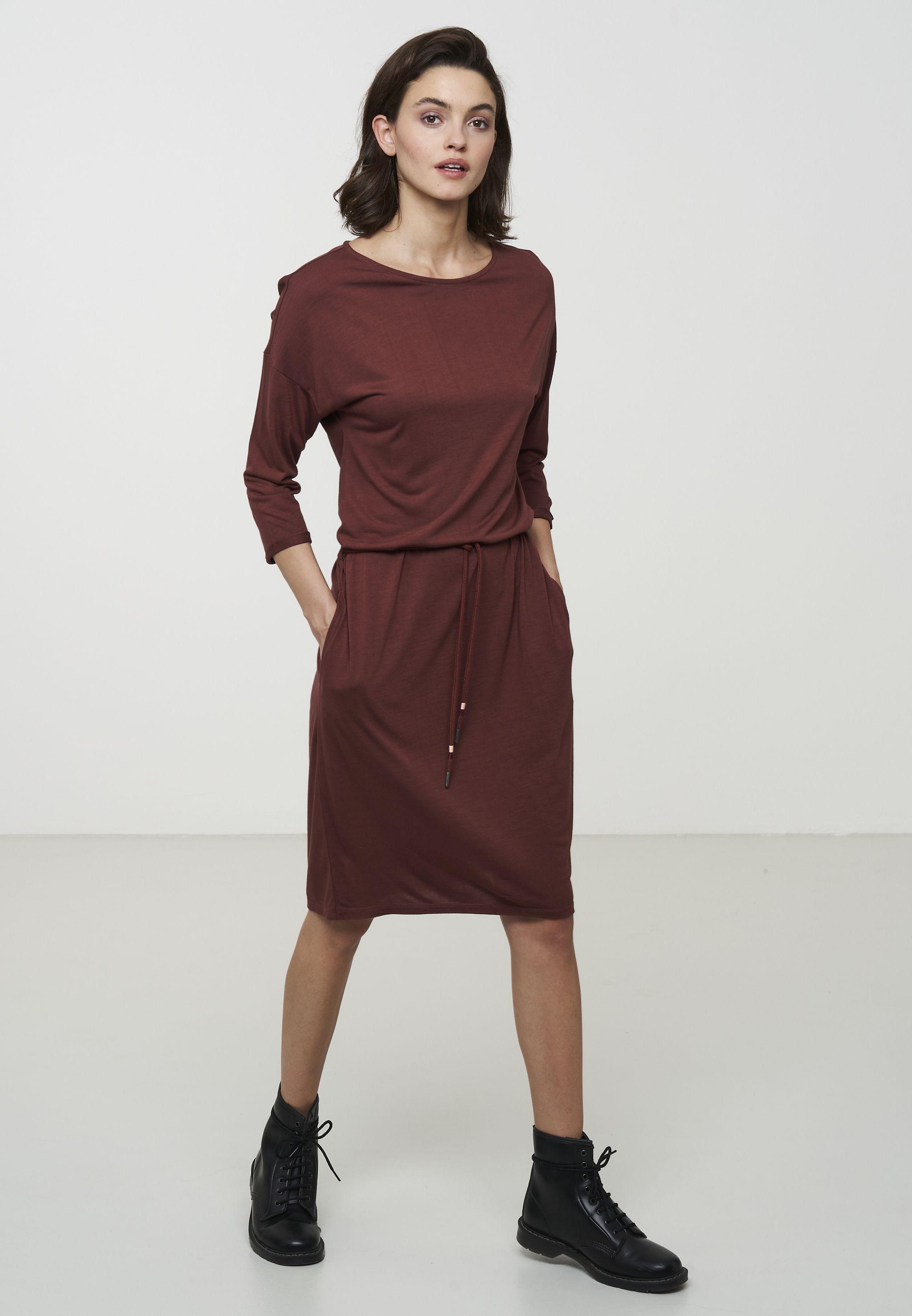 Damen-Kleid ARALIA ruby red