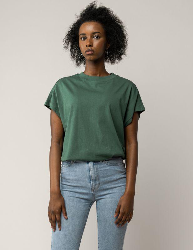Hochgeschlossenes Shirt MADHU in bottle green