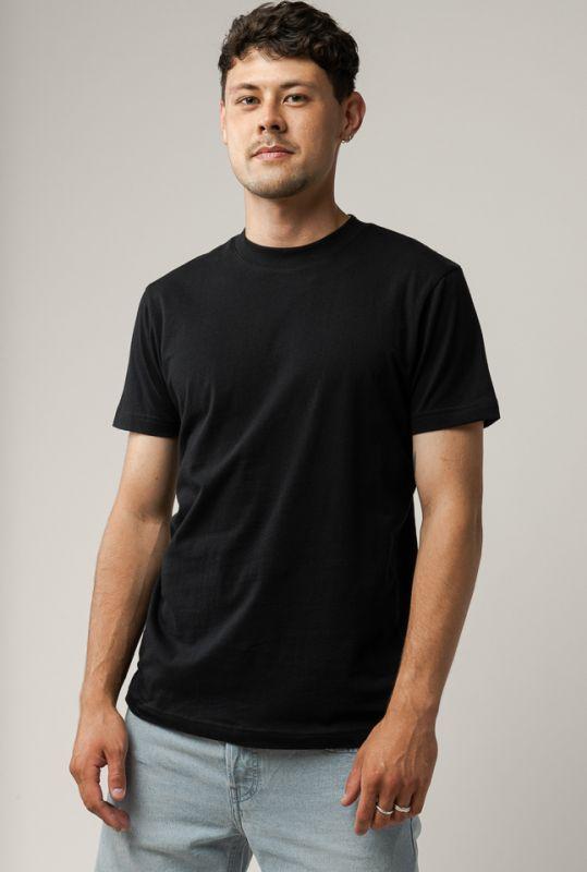 Lockeres Basic-Shirt AVAN in black