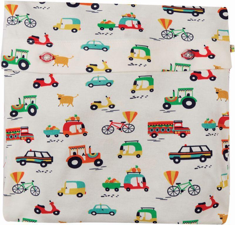 Kurzer Schlafanzug mit Fahrzeugen