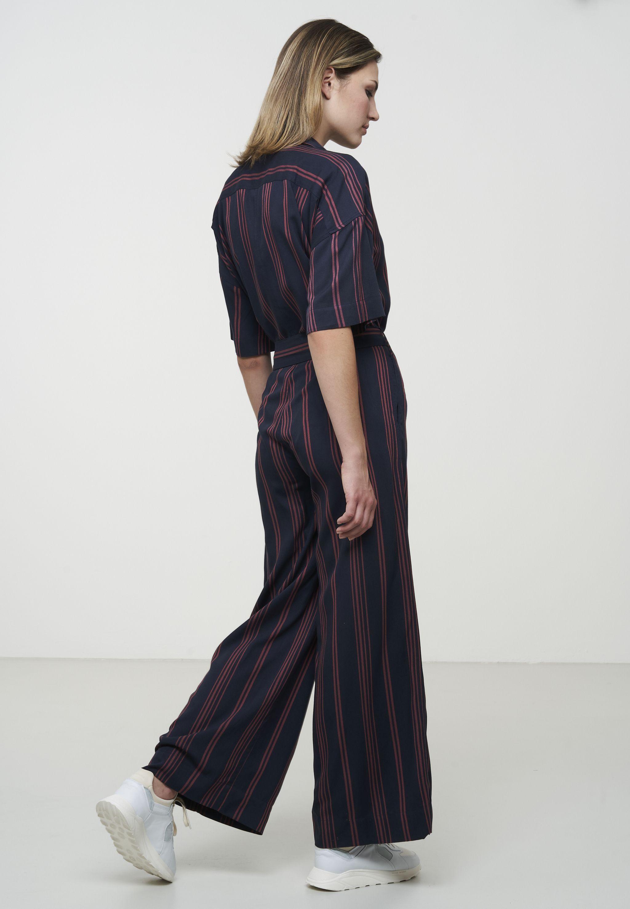 Gestreifter Damen-Jumpsuit CALLUNA ruby red/ navy